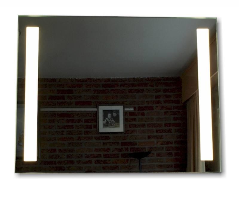 Badkamerspiegel LED Arnhem 100x60cm - op maat gemaakte spiegel